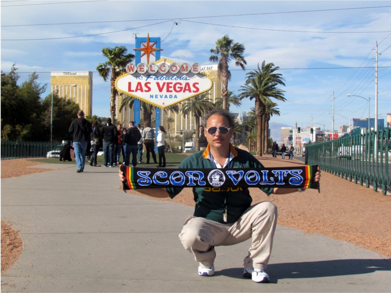 Gianluca  Montagna - Febbraio - A  Las Vegas  con  i  colori  del  Pisa..............