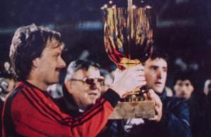 Mitropa cup 1985 Bergreen Anconetani e Giovannelli con la coppa